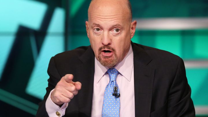#CNBC - Cramer: Fed's Powell made a 'rookie mistake' but is now doing the 'sensible thing' on ...